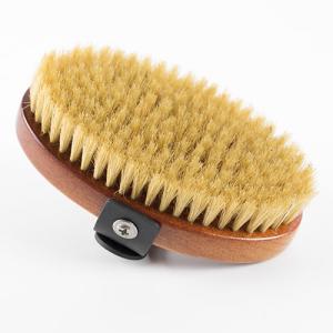 Cepillo Ibáñez oval de cerdas naturales, proporciona brillo al manto, fácil ajuste